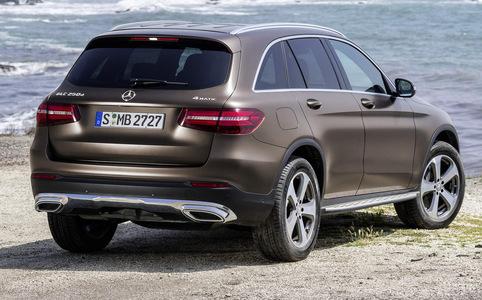 mercedes benz glc 2016 fotos v deo e especifica es car blog br. Black Bedroom Furniture Sets. Home Design Ideas