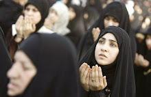 Muslimah Berdo'a