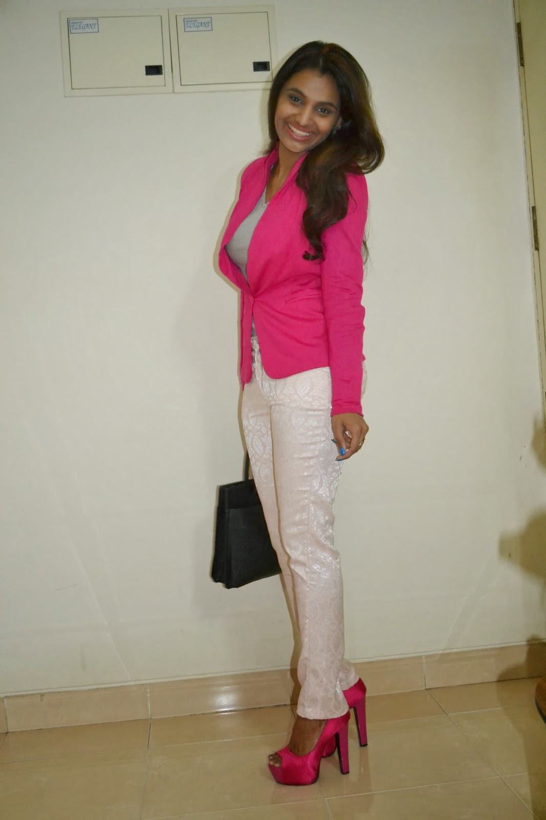 Anusha Outfitter Bright fall outfit Hot pink blazer and dressy pants