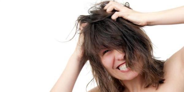 Ilustrasi rambut gatal.