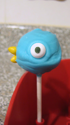 Mo Willems' The Pigeon Cake Pop 3