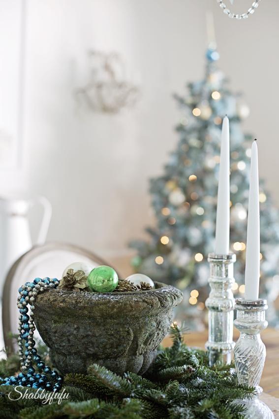 French Country Rustic Elegant Christmas Dining Room - shabbyfufu.com