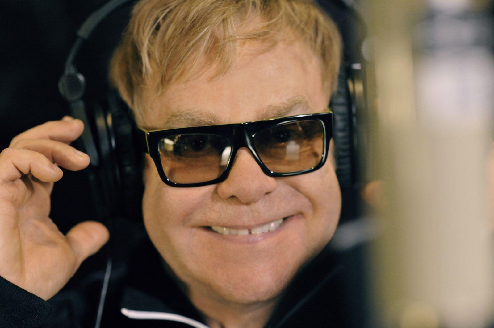elton john´s pics: Elton John Picture Gallery Part 2