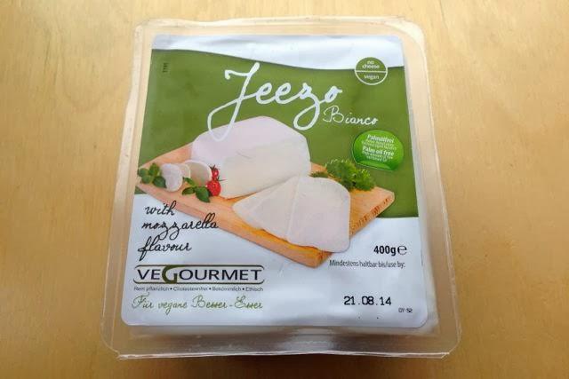 Vegourmet Jeezo Bianco - Vegan Mozzarella Cheese