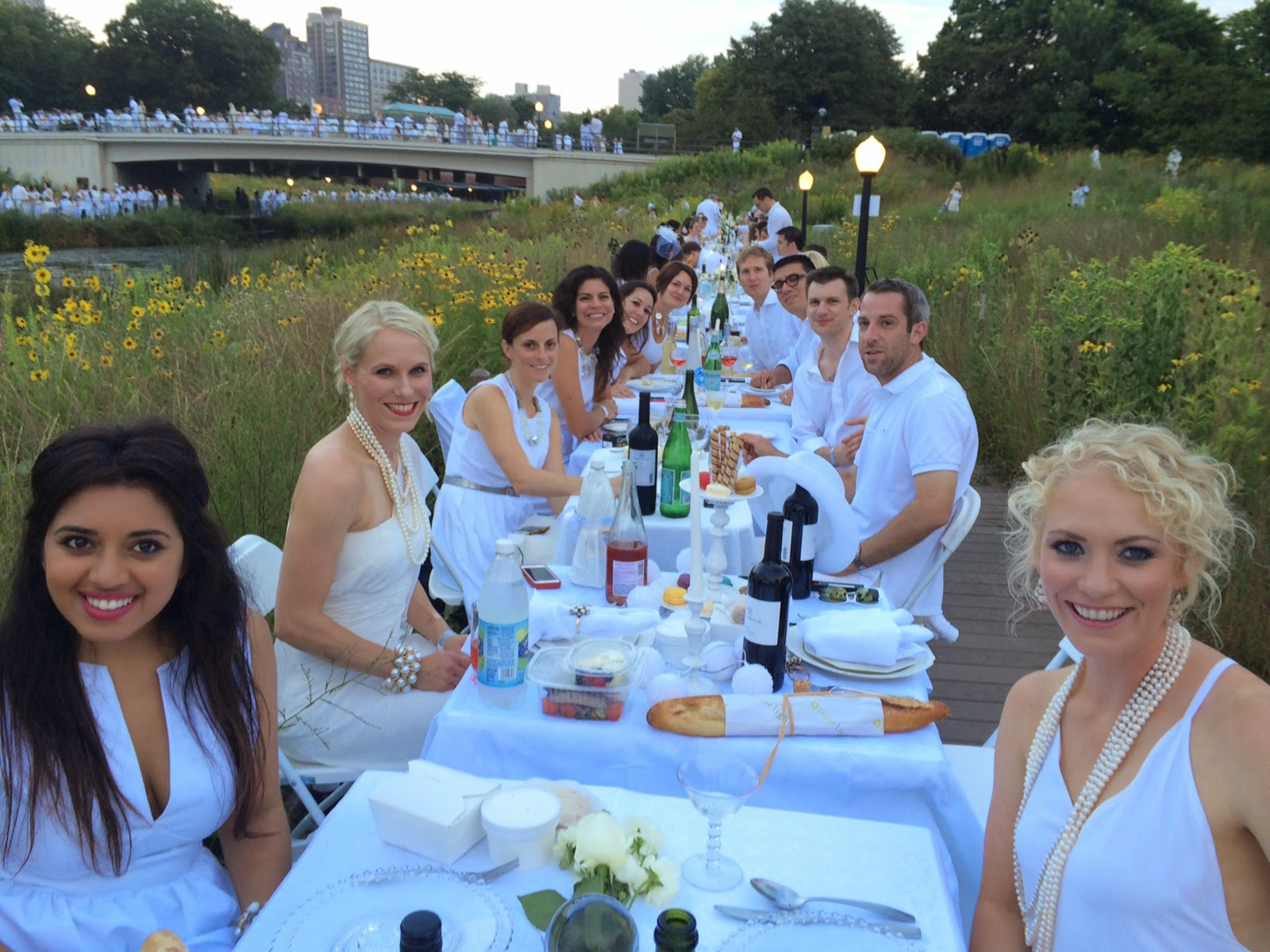 Diner en Blanc: Shot of the Bridge Over the Pond