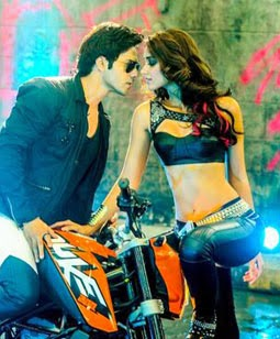 Besharmi Ki Height Lyrics - Main Tera Hero Song