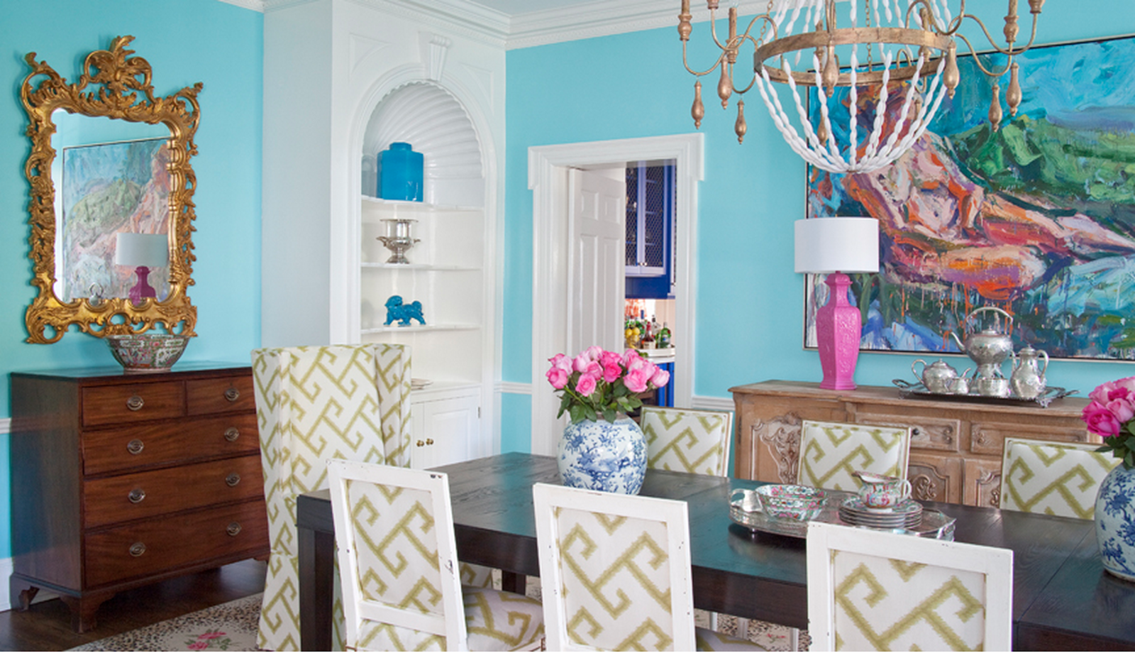 Design crush parker kennedy living the glam pad for Makeup by tiffany d dining room