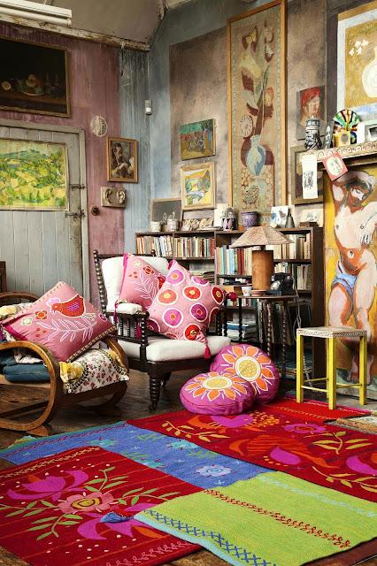 Tkaniny pełne barw i żywych kolorów