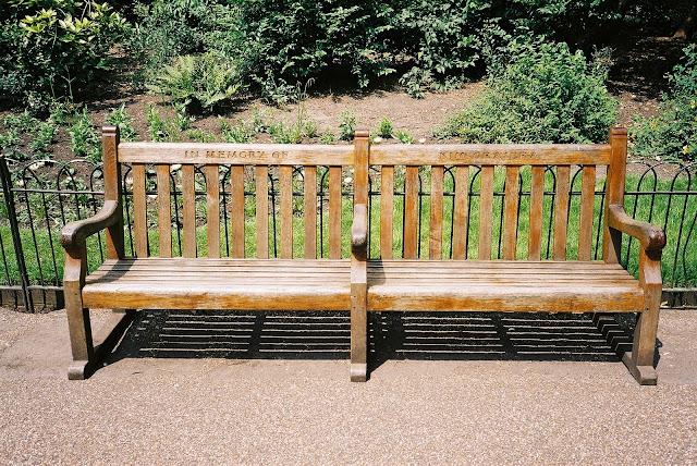 London bench Regent's Park
