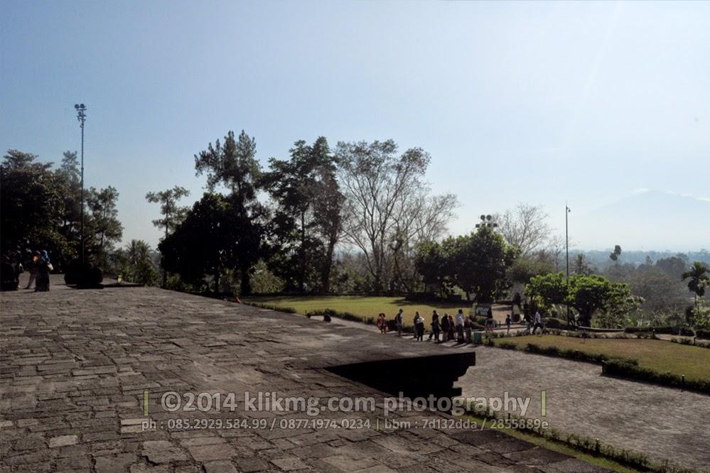 Candi Borobudur / Borobudur Temple Landscape Photography - Photo by. KLIKMG Photography
