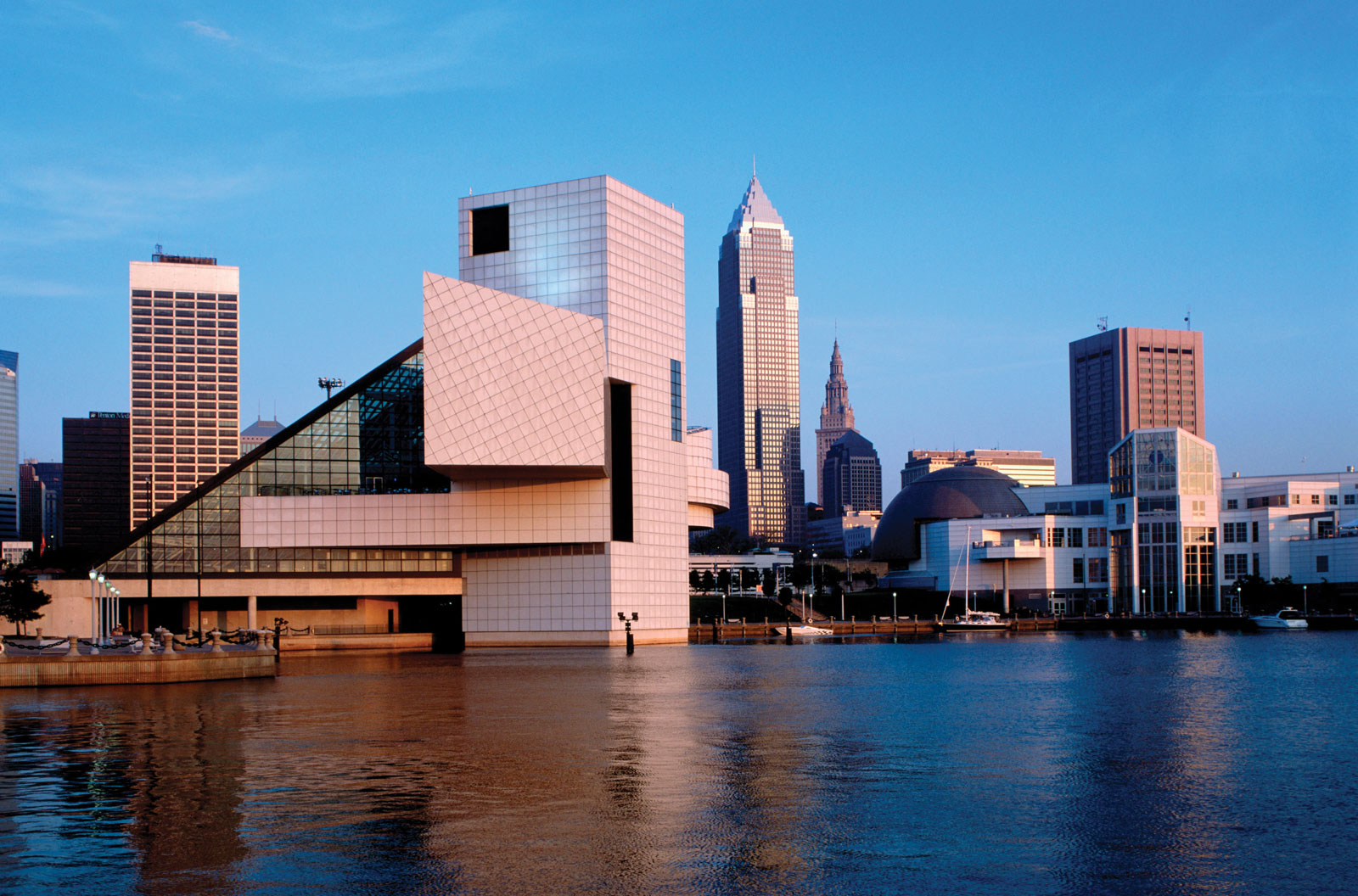 turismounfv: Cleveland Ohio: Rock and Roll Hall of Fame and Museum