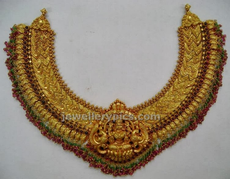 lakshmi mala temple jewelelry with zigzag gold pattern chain
