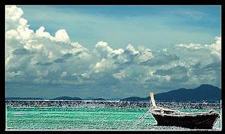 قارب الحياة