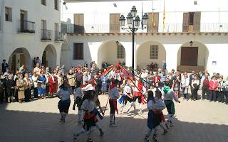 Dance de Híjar, 23 de Abril de 2013 (plaza de la Villa)