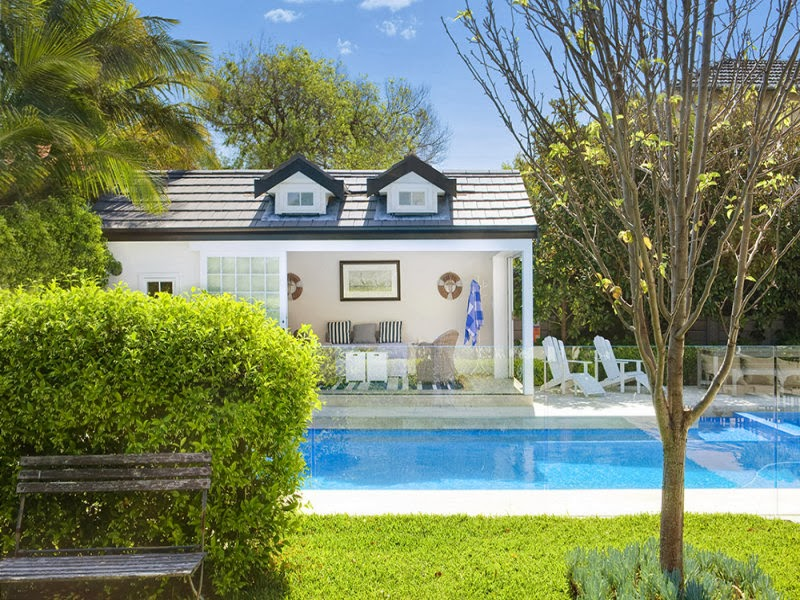 Hamptons pool house in the heart of sydney for Pool home show brisbane