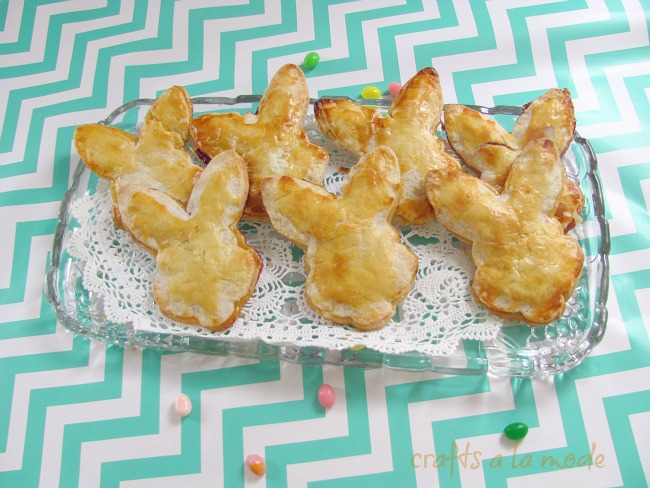 Lemon bunny hand pies