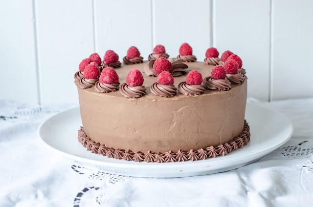 sjokoladekake med bringebærmousse