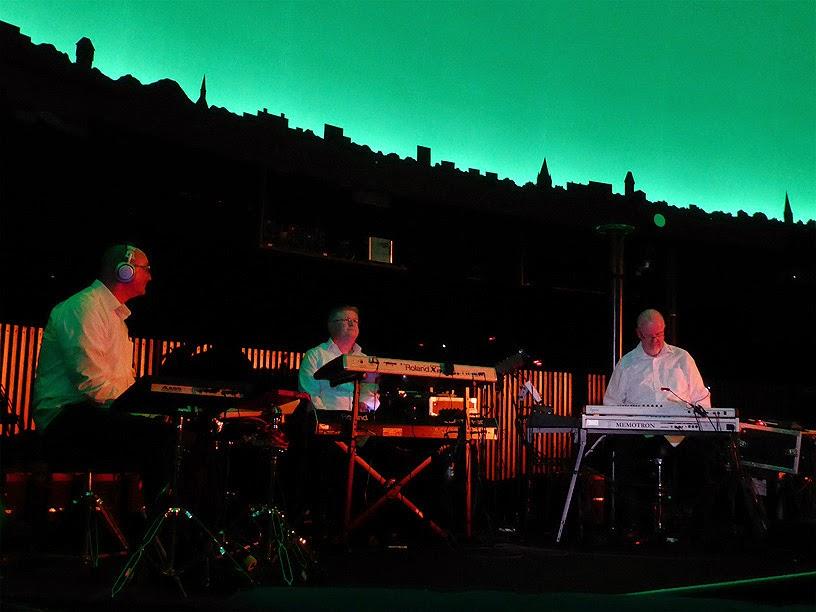 Bas Broekhuis, Detlef Keller, Mario Schönwälder : BK&S live @ Planetarium am Insulaner, Berlin / photo S. Mazars