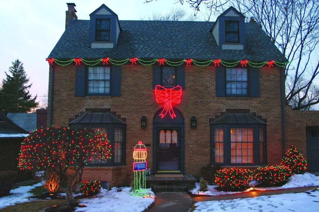 Outdoor Holiday Light Ideas