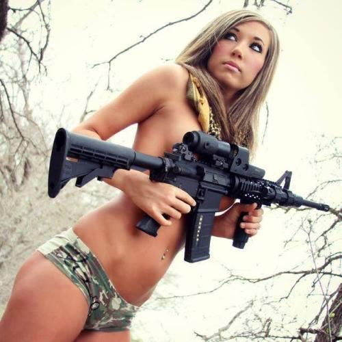 Sexy Guns Babes 64
