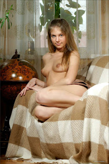 hot mature - rs-Camille_-_Inviting_Glances_-_1478002-738837.jpg