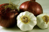 اعشاب حرق الدهون - الثوم والبصل