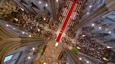 The Royal Wedding at the altar of Westminster Abbey. YouTube 2011.