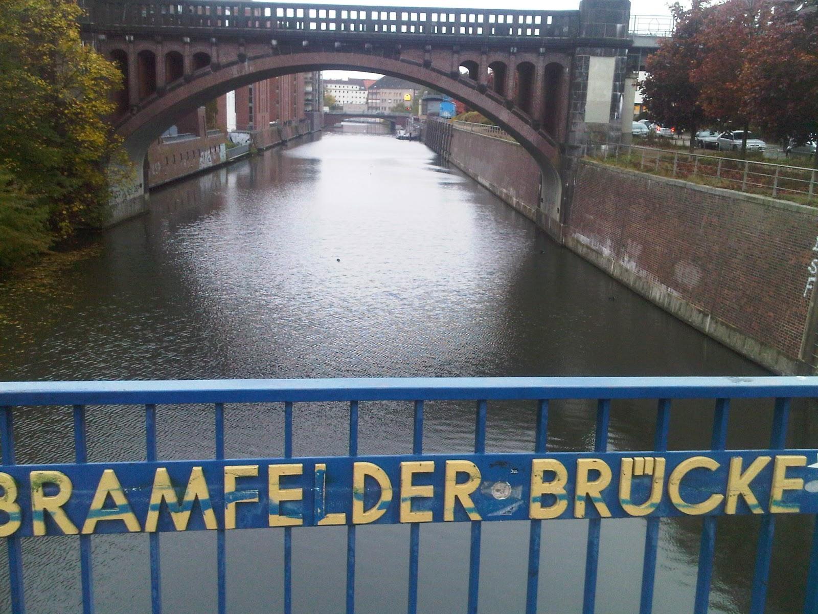 S-Bahn-Brücke - Bramfelder Brücke - Barmbek - Wolken - Hamburg