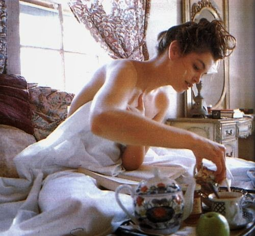 Breakfast with Kate Moss*: Happy Sunday