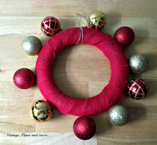 Vintage, Paint and more... applying large ornaments to wreath form of a diy ornament wreath