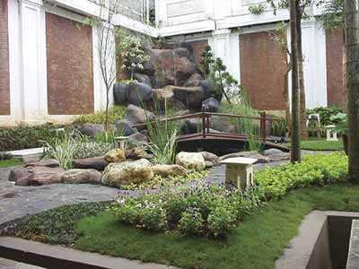 desain taman rumah hijau asri unik dan menawan