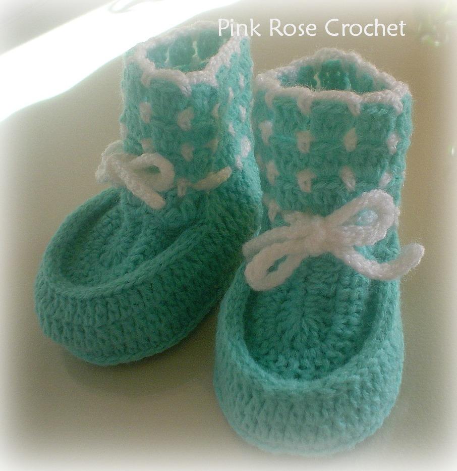 pink rose crochet sapatinho botinha verde
