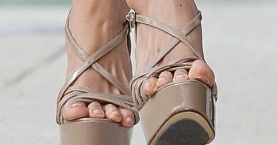 escort tacna dedos de los pies
