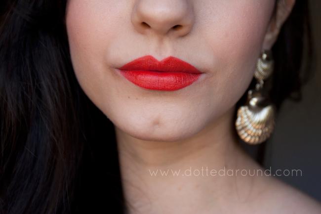 mac so chaud lipstick swatch