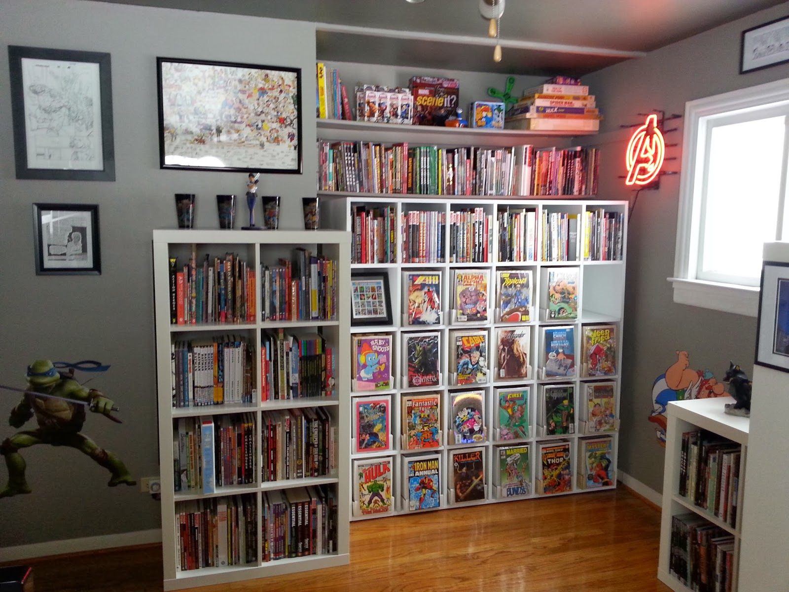 Kleefeld on comics on fandom the kleefeld comics library How to store books in a small bedroom