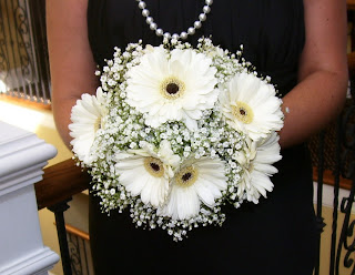 Pinterest daisy wedding bouquets gerbera daisy bouquet and daisy - Colees Crafts Daisies And Baby S Breath Time To Think