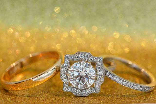 Bellos anillos de compromiso | Boda espectacular