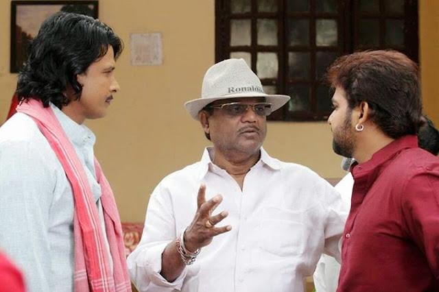Pawan Singh and Viraj Bhatt on the set of Sangram Bhojpuri Movie