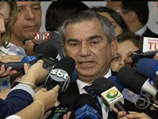 A PJR ENTREGA AO MINISTRO PROJETO DO III CONGRESSO NACIONAL DA JUVENTUDE CAMPONESA. VEJAM: