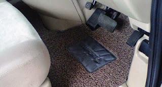 Cara merawat karpet mobil