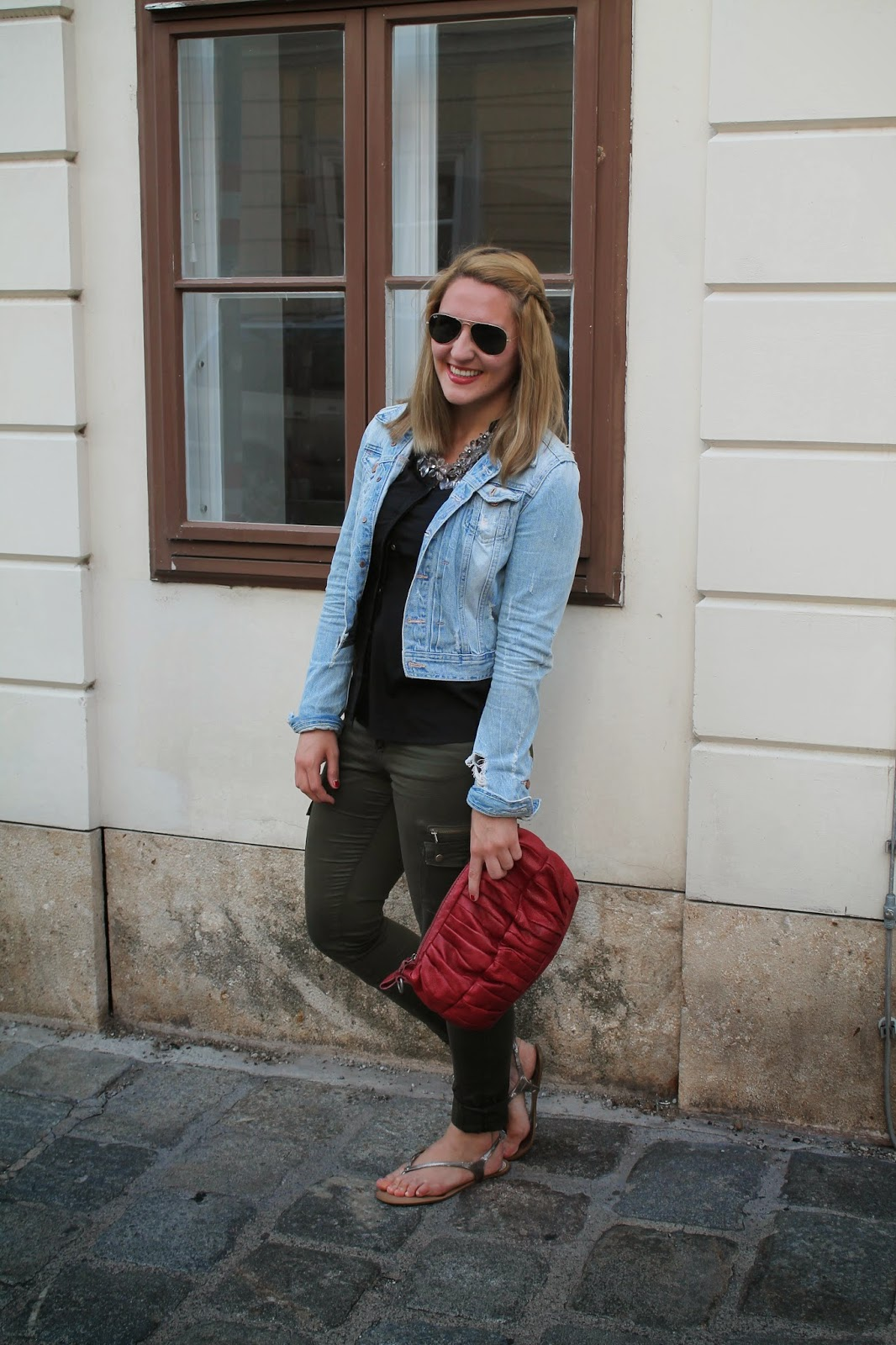 Fashionblogger Austria / Österreich / Deutsch / German / Kärnten / Carinthia / Klagenfurt / Köttmannsdorf / Spring Look / Classy / Edgy / Summer / Summer Style 2014 / Summer Look / Fashionista Look / Oasap Statement Necklace / Zara / Only / H&M / Ray Ban /