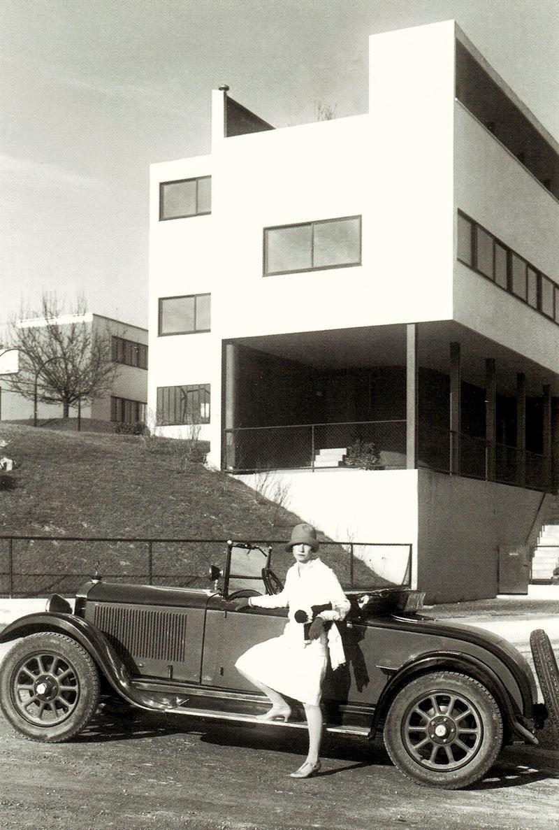 Stuttgart maisons cit de weissenhof le corbusier for Villas weissenhofsiedlung