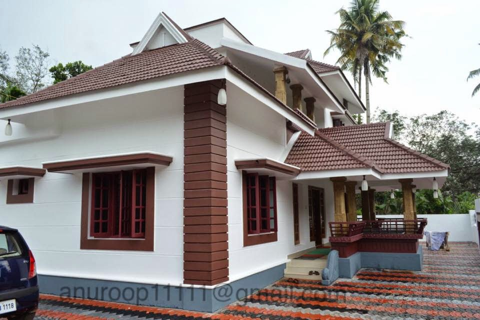 Image gallery manorama veedu 2015 for Colonial style home design in kerala