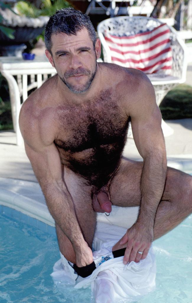 gay men picture galleries