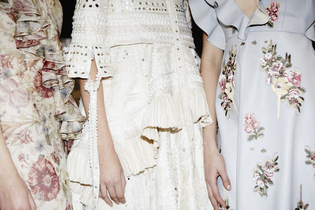 Alexander McQueen Spring-Summer 2016 Fashion Week