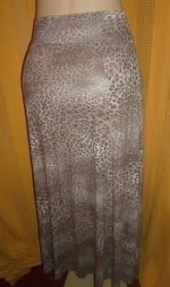 saia  de viscose com elastano animal print.de  pontas na latera