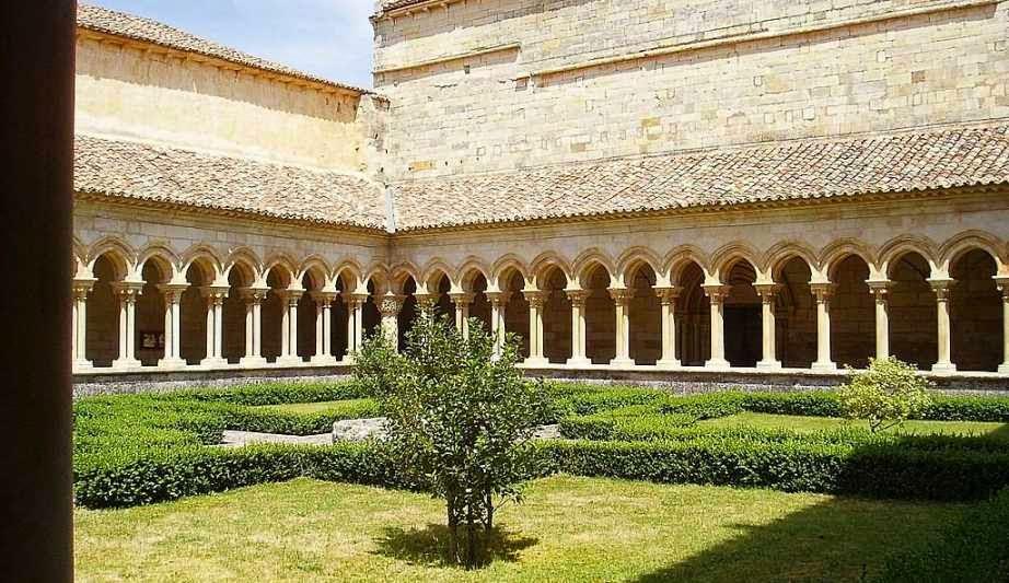 Casa religiosa y Derecho canonico