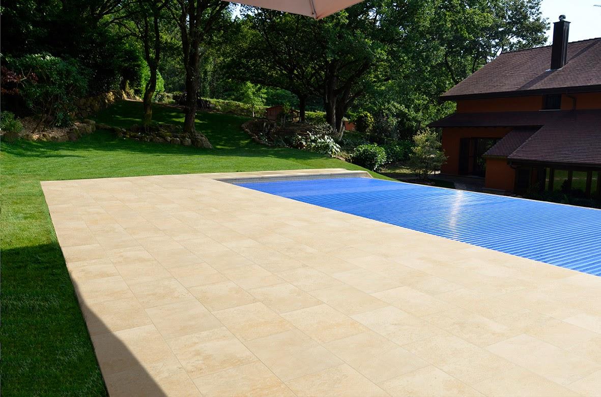 Rosa gres el encanto de una piscina del norte for Piscinas norte