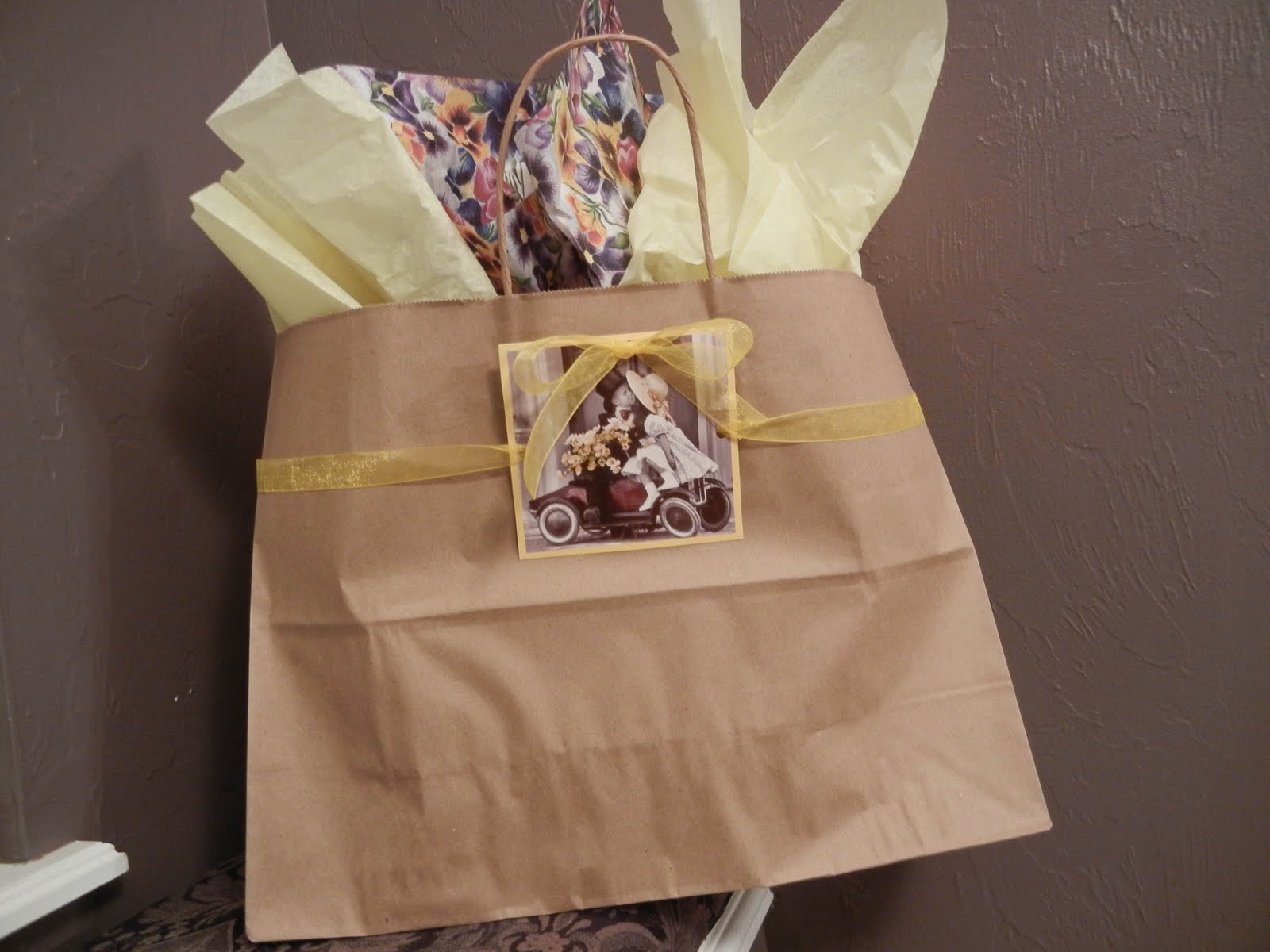 Voila Wedding Gift Bags : Posted by The Dainty Domestress at 6:00 AM