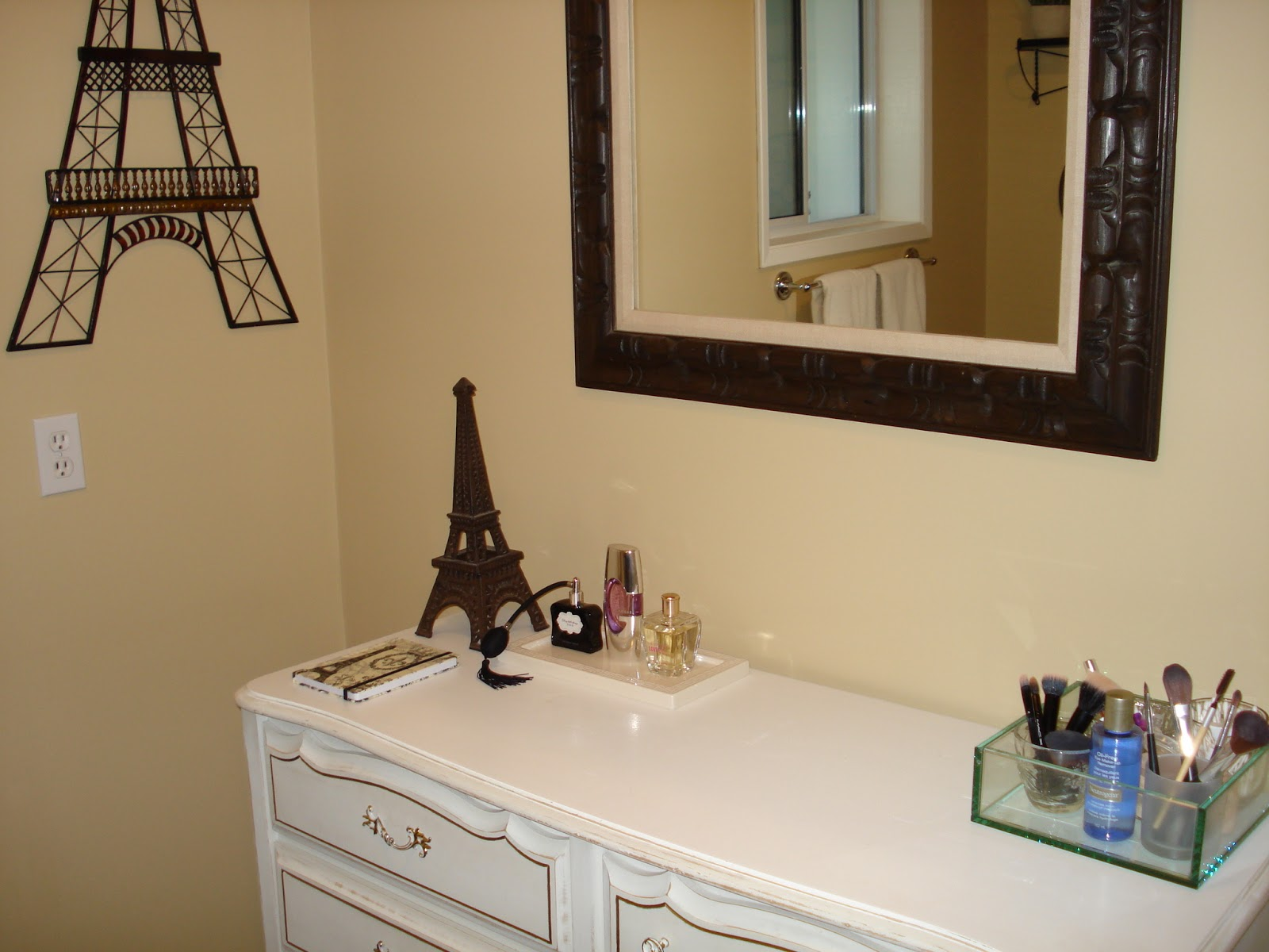 Paris Bathroom Decorating Ideas
